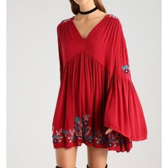 1afd19366f6b Free People Dresses & Skirts - Free People Te Amo Bell Sleeve Mini Dress XS